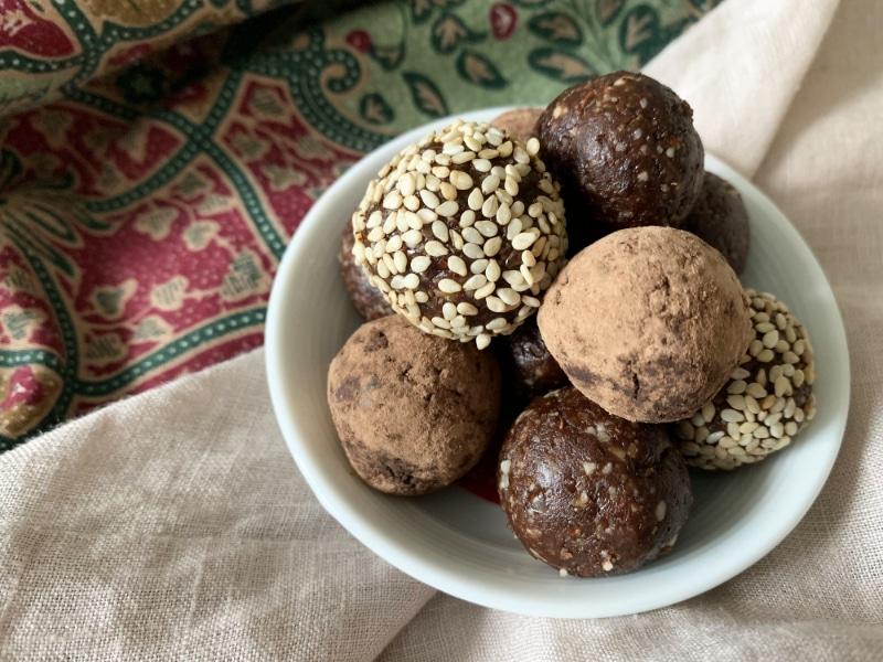 Conscious Gift Ideas_Raw Bliss Balls